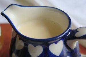 Evaporated milk is a good friend to porridge